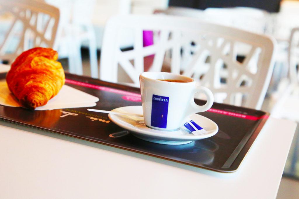CAFE-CROISSANT-BOULANGERIE-LAMIEDEPAIN